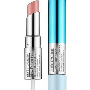 🎉 Estée Lauder plump+fill lip treatment